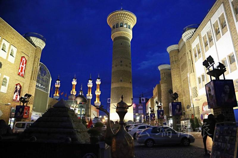 新疆乌鲁木齐+赛里木湖+奎屯河大峡谷4日私家团